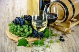 איך שמרים משפרים את היין שלך